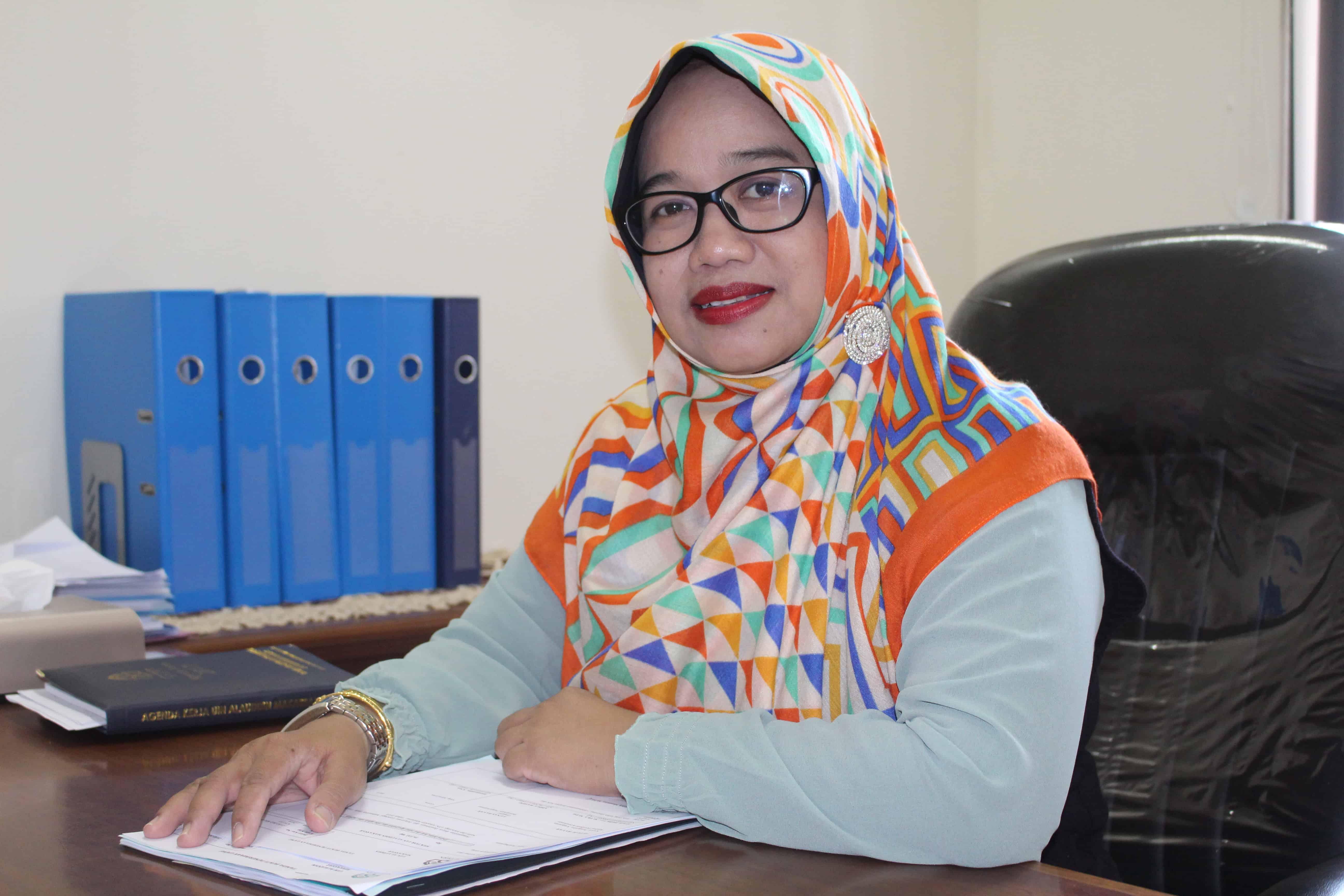 Dr. Fatmawati Nur Khalik,S.Si,. M.Si